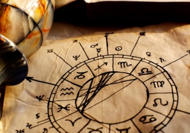 624-400-horoskop-pergament