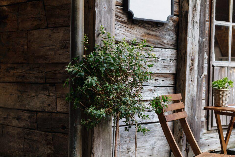 Предимства на дървените столове