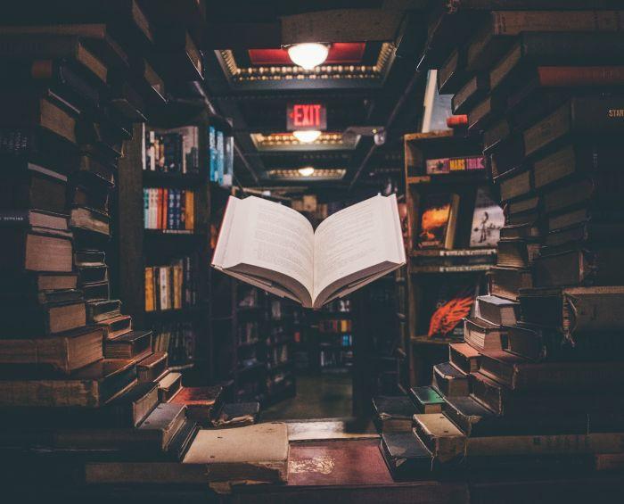Книги от Изток-Запад